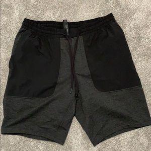 """Lulu Lemon City commute shorts 11"""" seam"""
